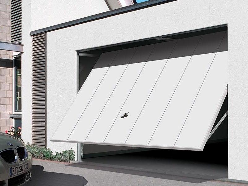 Basculante: la porta perfetta per il tuo garage, quali sono i vantaggi?
